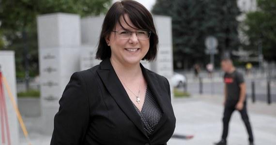 Aktywistka antyaborcyjna Kaja Godek wnioskuje o ochronę policji w związku z protestami w okolicy jej domu. Godek poinformowała, że złożyła także zawiadomienie o popełnieniu przestępstwa.