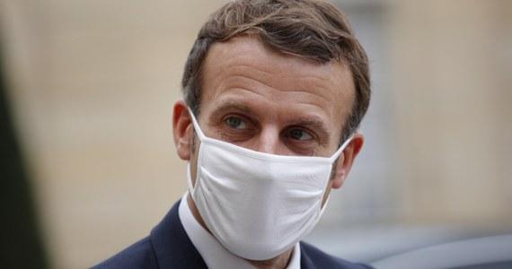Po konsultacjach politycznych i medycznych podjęliśmy decyzję o wprowadzeniu kwarantanny narodowej od piątku w związku z rozwojem epidemii koronawirusa - poinformował prezydent Emmanuel Macron podczas wystąpienia telewizyjnego w środę wieczorem.