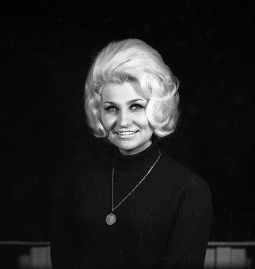 """Nazywana """"brylantem polskiej operetki"""" Wanda Polańska zmarła 28 października w Krakowie w wieku 89 lat. Podano datę pogrzebu artystki."""