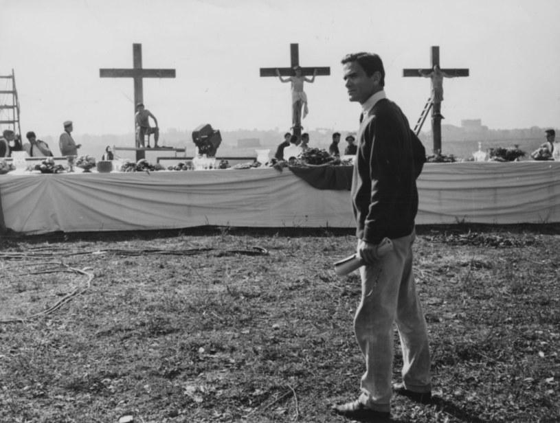 W poniedziałek, 2 listopada, mija dokładnie 45 lat od tragicznej śmierci Piera Paola Pasoliniego - jednego z najbardziej radykalnych twórców filmowych XX wieku. Odszedł tak, jak żył - gwałtownie i w atmosferze skandalu.