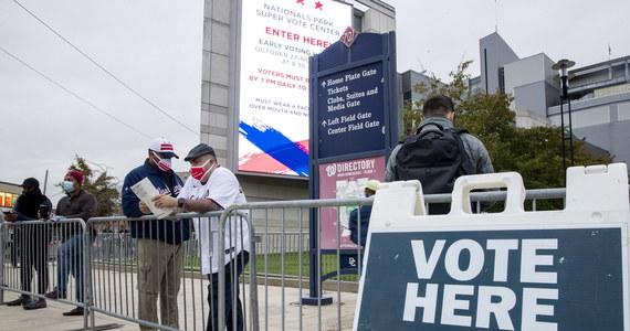 W ramach wczesnego głosowania swój głos oddało już ponad 80 milionów Amerykanów. Wybory w Stanach Zjednoczonych już 3 listopada. Trwa mobilizacja wyborców zarówno po jednej jak i drugiej stronie.