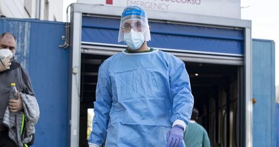 Dyrektor regionalny Światowej Organizacji Zdrowia (WHO) na Europę Hans Kluge ostrzegł w czwartek, na nadzwyczajnym spotkaniu ministrów zdrowia w Kopenhadze poświęconym prognozom przed sezonem zimowym, że najnowsze dane dotyczące epidemii Covid-19 są bardzo niepokojące.