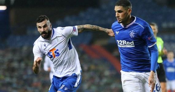Piłkarze Lecha Poznań przegrali w Glasgow z Rangers FC 0:1 (0:0) w meczu 2. kolejki fazy grupowej Ligi Europy. To druga porażka wicemistrzów Polski, którzy za tydzień zmierzą z belgijskim Standardem Liege.