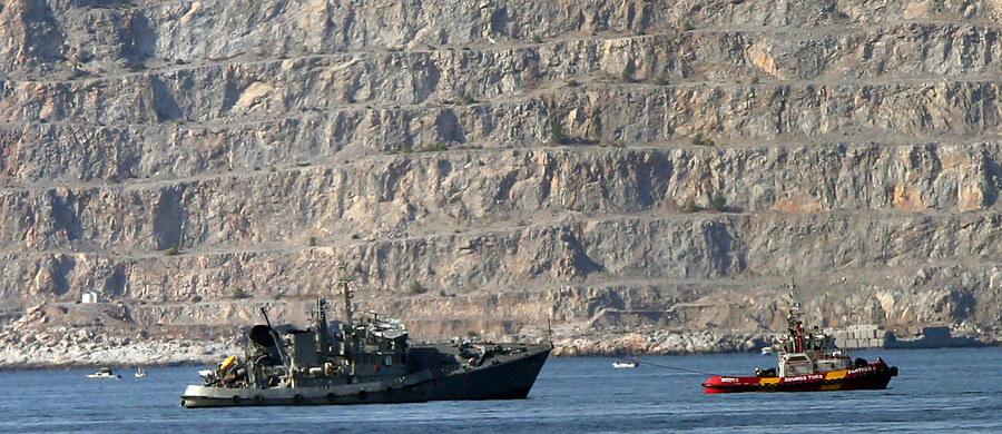 Polski kapitan kontenerowca Maersk Launceston został wypuszczony z aresztu. We wtorek zderzył się z okrętem greckiej marynarki wojennej w pobliżu Pireusu.