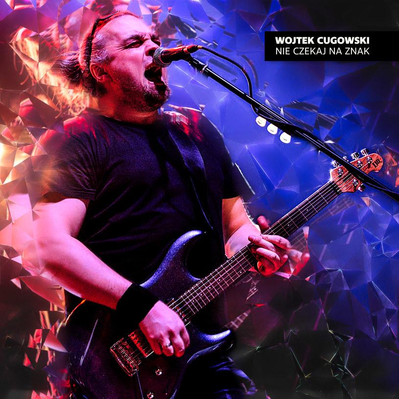 Znany z zawieszonej grupy Bracia Wojtek Cugowski zdradził pierwsze szczegóły przygotowywanej solowej płyty.