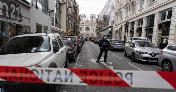 Atak na duchownego prawosławnego w francuskim Lyonie. Do ataku doszło po godz. 17, gdy kapłan zamykał świątynię po nabożeństwie. Jak wynika z relacji służb, napastnik zbiegł po oddaniu strzałów; po kilku godiznach został zatrzymany mężczyzna podejrzany o bycie sprawcą zamachu.