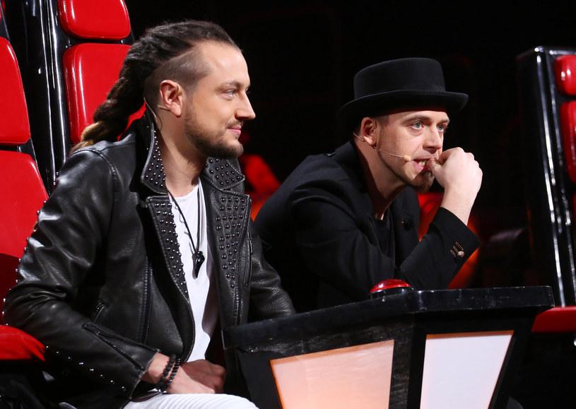 """To prawdopodobnie najmocniej kwestionowany werdykt 11. sezonu """"The Voice of Poland"""". Widzowie nie mogą pogodzić się, że Tomson i Baron odesłali do domu Weronikę Szymańską."""
