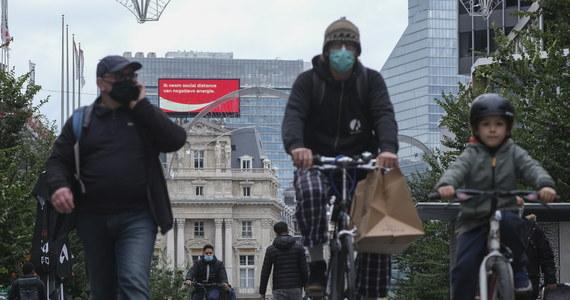 Druga fala epidemii koronawirusa, z którą obecnie walczy Europa, prawdopodobnie nie będzie ostatnią; możemy obawiać się kilku kolejnych fal pod koniec zimy lub na wiosnę - napisała w raporcie francuska Rada Naukowa.