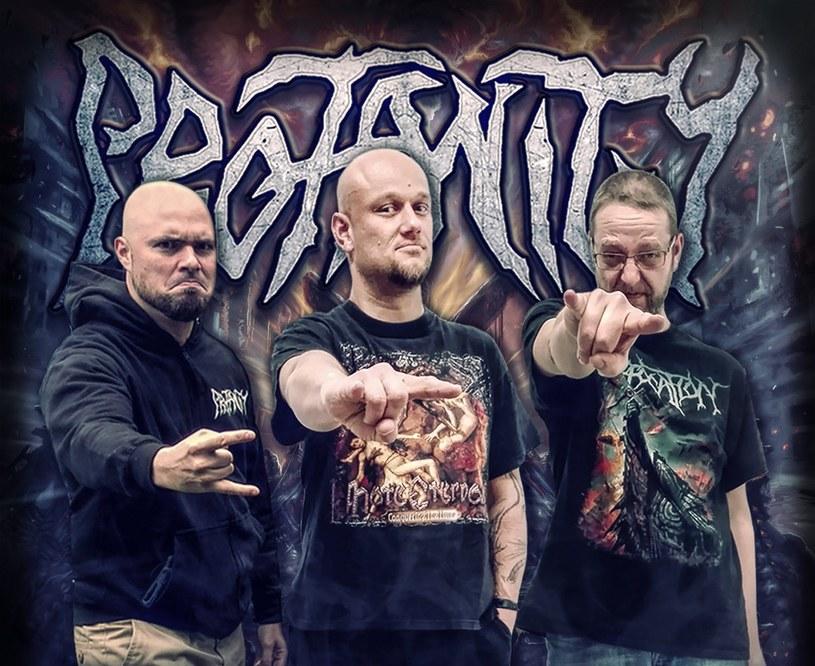 Niemiecka formacja Profanity szykuje się do grudniowej premiery czwartej płyty.