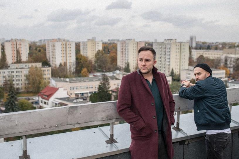 """Baranovski i Ten Typ Mes postanowili połączyć siły. Wspólnie przygotowali singel """"Wolność""""."""