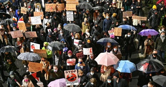 Związek Nauczycielstwa Polskiego chce, żeby Ministerstwo Edukacji pokazało, jakie były faktyczne powody zbierania informacji o udziale nauczycieli w protestach strajku kobiet.