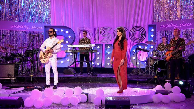 """""""Ja w to nie wierzę, ja chyba płonę"""" - podkreślają muzycy grupy Muzokracja, która wygrała pierwszą edycję """"Disco Band Weselny Show"""" w Polo TV."""