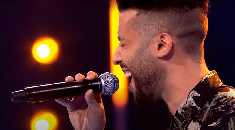 """""""Kiedy czuję, że coś jest nie fair, płaczę"""" - komentował na antenie Hamza Aboumachaar, gdy okazało się, że musi opuścić program """"The Voice of Poland""""."""