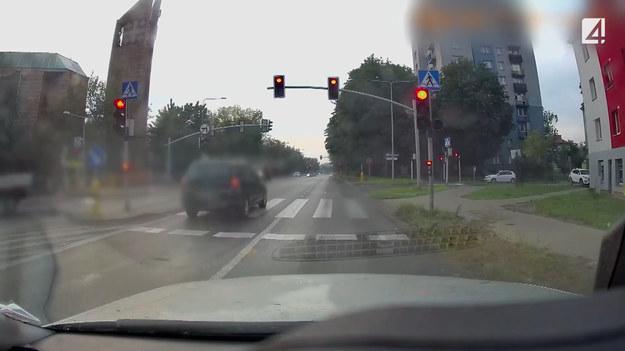 Przejazd na czerwonym świetle, wyprzedzanie na pasach czy urządzanie z drogi toru wyścigowego. Wszystkie te sytuacje, pokazane w programie STOP Drogówka zostały  nagrane przez widzów.