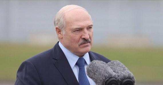 Alaksandr Łukaszenka oświadczył, że nie pozwolić zrobić z Białorusi prowincji Polski czy Litwy. Jego słowa cytuje agencja BielTA.