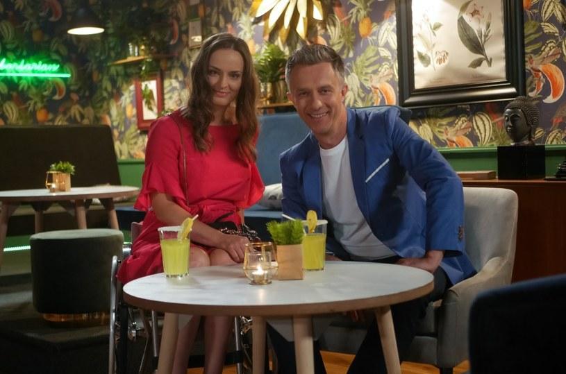 """W najbliższych odcinkach """"Pierwszej miłości"""" w rolę Beaty, nowej dziewczyny Artura Kulczyckiego (Łukasz Płoszajski), wcieli się Beata Jałocha."""