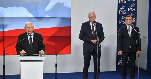 40 proc. Polaków uważa, że rząd Zjednoczonej Prawicy nie dotrwa do końca kadencji - wynika z sondażu SW Research dla rp.pl. Przeciwnego zdania jest 29,8 proc. badanych.