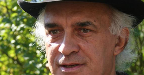 """Nie żyje Janusz Leśniewski, aktor znany z ról w teatrach oraz serialach. Występował w """"Barwach szczęścia"""", """"Na Wspólnej"""" czy """"M jak miłość"""". Miał 68 lat."""