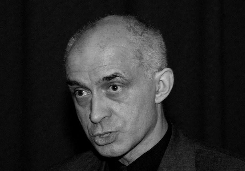 Nie żyje Janusz Leśniewski - aktor teatrów warszawskich: Komedii, Ochoty, Popularnego, który również zagrał dziesiątki ról w filmach i serialach - poinformował Związek Artystów Scen Polskich. Miał prawie 69 lat.
