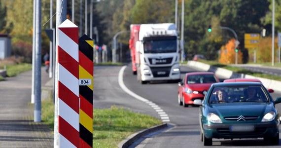 W związku z dalszym szerzeniem się koronawirusa Saksonia zawiesiła mały ruch graniczny, który pozwalał mieszkańcom tego kraju związkowego na krótkie wyjazdy do Polski oraz Czech w celu zrobienia zakupów czy zatankowania samochodu.