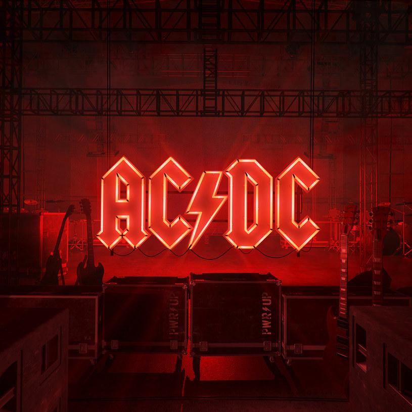 """Mama często wykrzykiwała w twoją stronę słowa """"ile razy mam się powtarzać?"""". Cóż, AC/DC z powtarzaniem się nie mają absolutnie żadnego problemu. I to dalej działa!"""