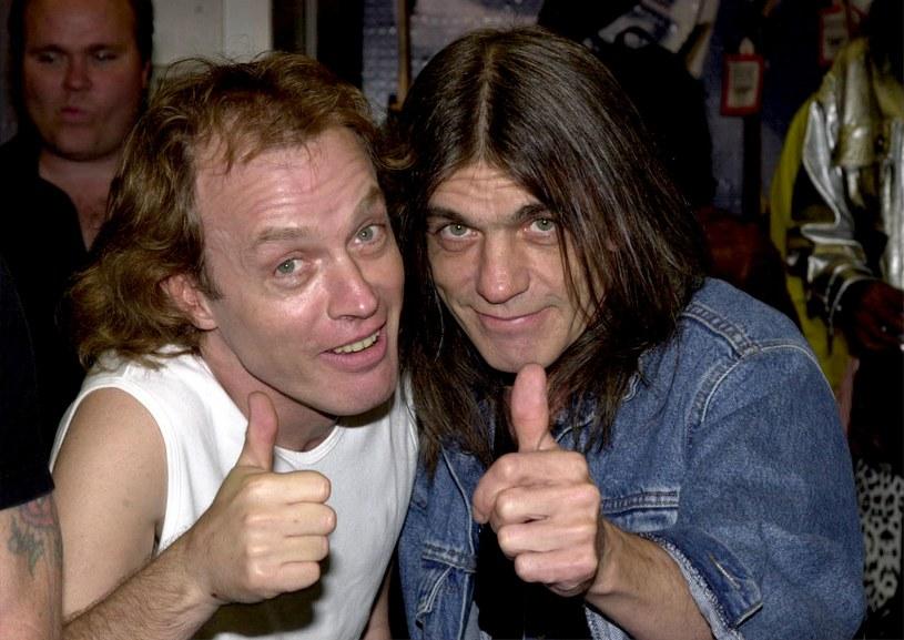 """Angus Young i Brian Johnson byli gośćmi programu """"60 Minutes"""", w którym opowiedzieli o powrocie AC/DC, nowej płycie oraz stracie Malcolma Younga. Jego brat nie potrafił ukryć wzruszenia."""