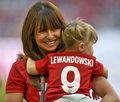 Wiemy, dlaczego Anna Lewandowska uczy swoją córkę gry na pianinie