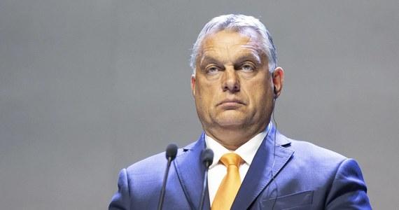Negocjacje na temat budżetu UE powinny być kontynuowane i dojdzie do porozumienia - stwierdził w Radiu Kossuth premier Węgier Viktor Orban. Według niego jest kilka sposobów rozwiązania obecnego impasu.