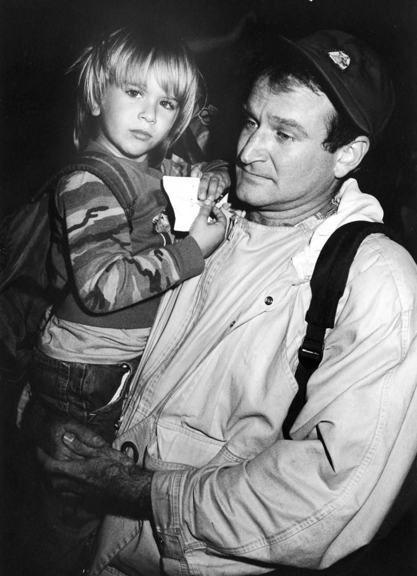 """Sześć lat po samobójczej śmierci aktora jego syn zdradza, że i jemu nieobcy jest problem depresji. Po odejściu ojca zdał sobie sprawę z tego, że potrzebuje pomocy. Zwłaszcza że depresji towarzyszyło uzależnienie od alkoholu. """"Jedyne czego w tamtym czasie pragnąłem, to nie myśleć i nie czuć. I do tego był mi potrzebny alkohol. Obudziłem się na dnie"""" - wyznał w programie The Dr.Oz Show."""