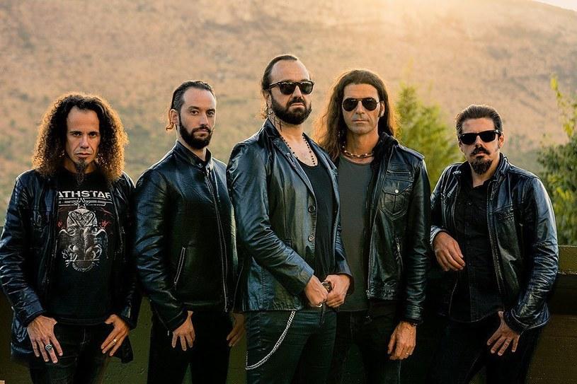 Moonspell, pionierzy black metalu z Półwyspu Iberyjskiego, ujawnili szczegóły premiery nowego longplaya.