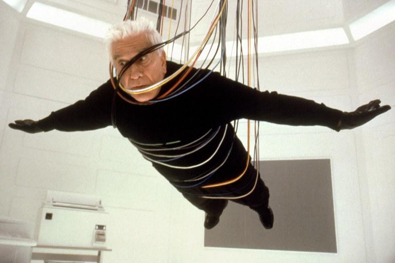 W sobotę, 28 listopada, mija 10 lat od śmierci legendarnego aktora komediowego Lesliego Nielsena. Artysta był mistrzem filmowej parodii, królem głupich min i uosobieniem największego fajtłapy w historii kina - porucznika Franka Drebina.