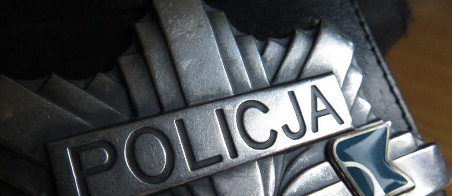 Policjant poszkodowany podczas interwencji we Wrocławiu. Mundurowy trafił do szpitala.