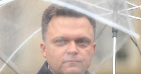 """Nie będzie żadnej koalicji, zawierania jakichś sojuszy - powiedział lider ruchu Polska 2050 Szymon Hołownia, pytany o potencjalną współpracę z PSL. Wyraził jednocześnie gotowość do współpracy we """"wspólnych tematach""""."""