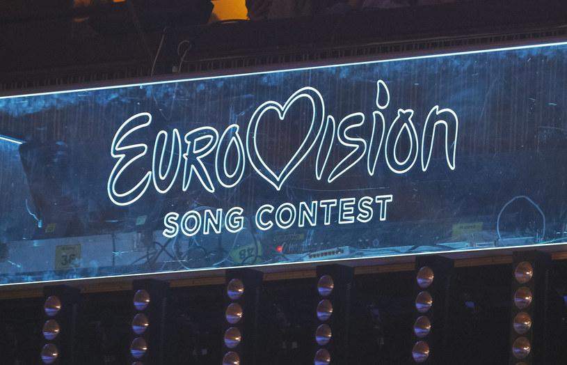 Zwycięzcą pierwszego konkursu Eurowizji Junior był Dino Jelusić. Nadal zajmuje się muzyką, choć trudno wyobrazić sobie, że to ten sam chłopak!