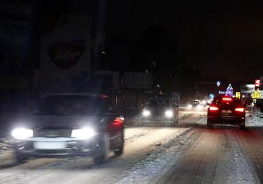 Zima na drogach: Koszmar kierowców na zakopiance. Tworzyły się wielokilometrowe korki