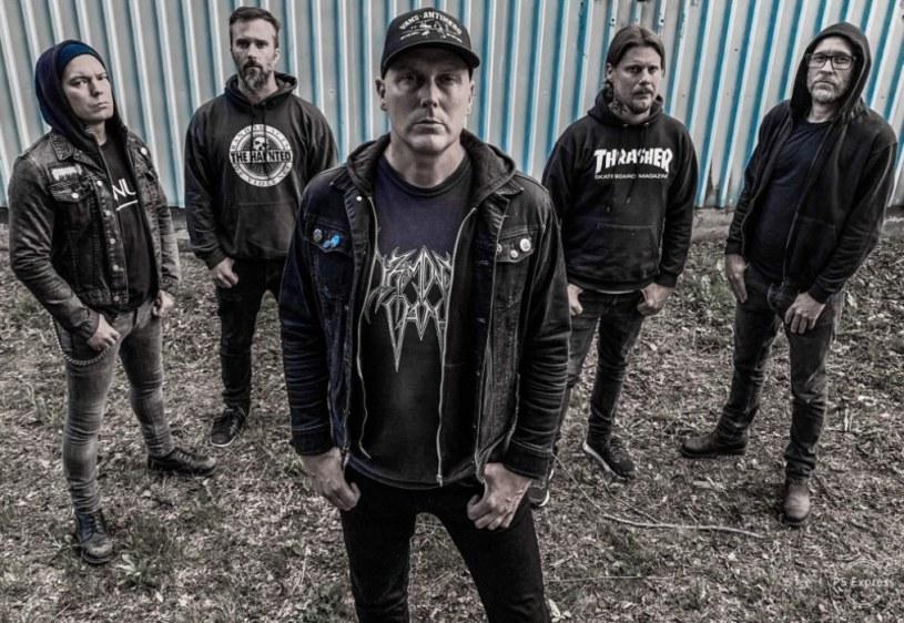 Melodyjni deathmetalowcy ze szwedzkiego Ablaze My Sorrow wypuszczą w 2021 roku piąty album.