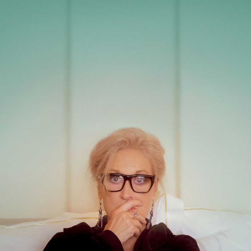 """""""Niech gadają"""" to historia znanej autorki, która wyrusza w podróż z przyjaciółmi, aby się zabawić i wyleczyć stare rany. W jej roli występuje Meryl Streep. Premiera filmu odbędzie się w HBO GO 10 grudnia. Emisja na antenie HBO zaplanowana została na styczeń."""