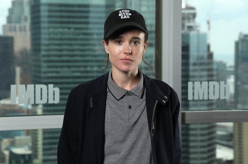 """Gwiazda serialu Netfliksa """"Umbrella Academy"""" Ellen Page poinformowała, że jest osobą transpłciową. Zmianie płci towarzyszy zmiana imienia - od dzisiaj aktor oficjalnie nazywa się Elliot Page."""