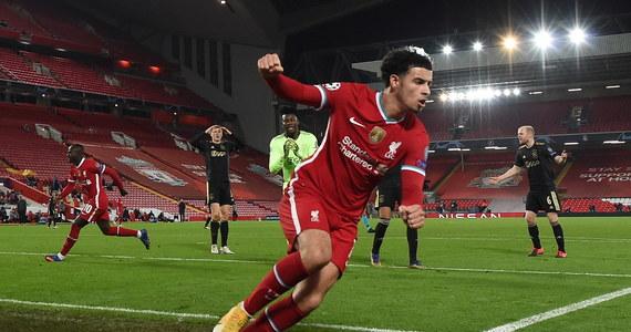 Piłkarze Liverpoolu i FC Porto zapewnili sobie we wtorek udział w 1/8 finału Ligi Mistrzów. W grupie B, w której Real Madryt po raz drugi uległ Szachtarowi Donieck (0:2), przed ostatnią kolejką wszystkie cztery drużyny mają szansę awansu.