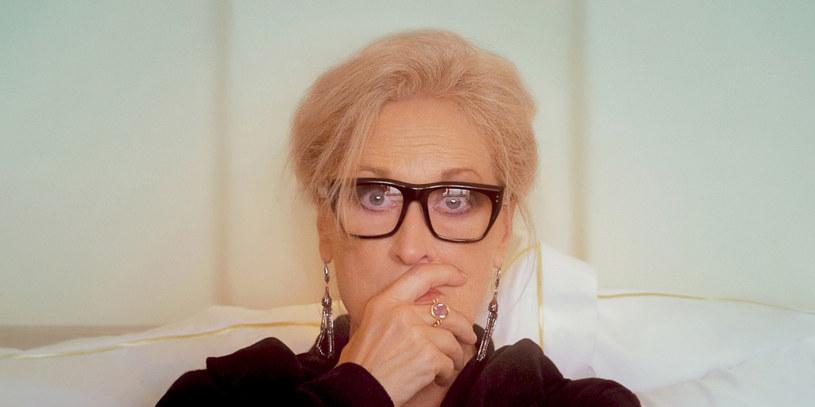 """""""Niech gadają"""" to nowy film HBO Max w reżyserii Stevena Soderbergha, autora takich przebojów, jak """"Erin Brockovich"""", """"Ocean's Eleven: Ryzykowna gra"""" czy """"Wielki Liberace"""". Główną rolę w produkcji gra trzykrotna laureatka Oscara Meryl Streep. Premiera filmu odbędzie się w HBO GO 10 grudnia. Emisja na antenie HBO zaplanowana została na styczeń."""