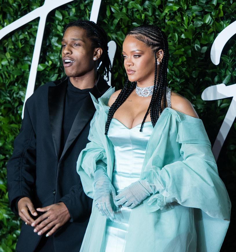Według najnowszych doniesień serwisów plotkarskich, Rihanna spotyka się z ASAP Rockym.