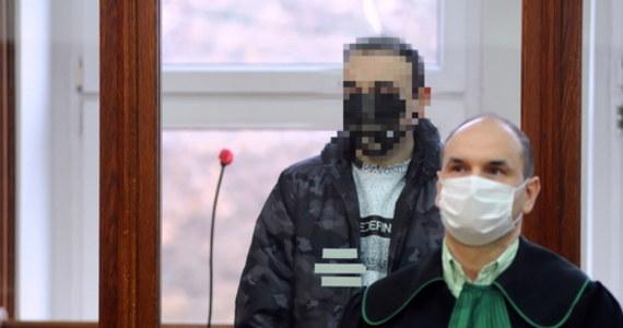 Na 14 lat pozbawienia wolności Sąd Okręgowy w Koszalinie skazał 33-letniego Łukasza K. ze Szczecinka za zgwałcenie ze szczególnym okrucieństwem 13-miesięcznej dziewczynki. Sąd nie zezwolił na ujawnienie uzasadnienia wyroku. Wyrok nie jest prawomocny.