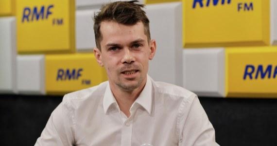 """""""Marzeniem wielu osób było to, aby w Warszawie pojawiły się traktory. Spodziewajmy się tego"""" - mówił podczas Popołudniowej rozmowy w RMF FM Michał Kołodziejczak, lider Agrounii, zapytany o planowany na sobotę strajk rolników."""