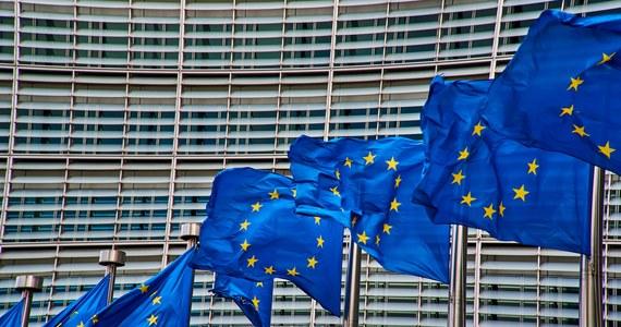 Solidarna Polska będzie domagała się uruchomienia artykułu 7 wobec Holandii – dowiedział się dziennikarz RMF FM Patryk Michalski. Stronnicy Zbigniewa Ziobry uważają, że dochodzi tam do łamania praworządności między innymi w związku z możliwymi oszustwami podatkowymi. Wcześniej holenderscy politycy chcieli pozwania Polski przed TSUE za łamanie praworządności.
