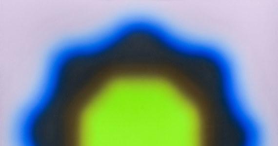 """Ponad 7 milionów 300 tysięcy złotych - za tyle sprzedano na aukcji w stołecznej Desie Unicum obraz """"M22"""" Wojciecha Fangora. To absolutny rekord ceny sprzedaży obrazu w Polsce."""
