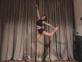 Anna Wendzikowska tańczy na rurze. Ale ciało!