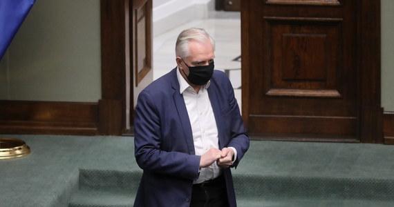 Jako Porozumienie odrzucamy alternatywę weto albo śmierć. Możliwe jest osiągnięcie rozwiązań, które zagwarantują suwerenność Polski i wspólną Europę - podkreślił wicepremier, lider Porozumienia Jarosław Gowin, odnosząc się do trwających negocjacji budżetowych w UE.