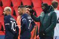 Liga Mistrzów: PSG - Instanbul Basaksehir. Demba Ba - przywódca rewolty