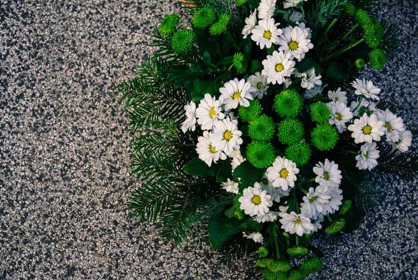 Jakie Kwiaty Wybrac Na Wszystkich Swietych Porady W Interia Pl