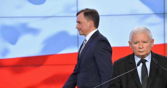 W rządzie Mateusza Morawieckiego rosną napięcia po doniesieniach o wstępnym kompromisie ws. unijnego budżetu. Z informacji dziennikarza RMF FM Patryka Michalskiego wynika, że Zbigniew Ziobro namawia Jarosława Kaczyńskiego do zerwania kompromisu i podtrzymania budżetowego weta.